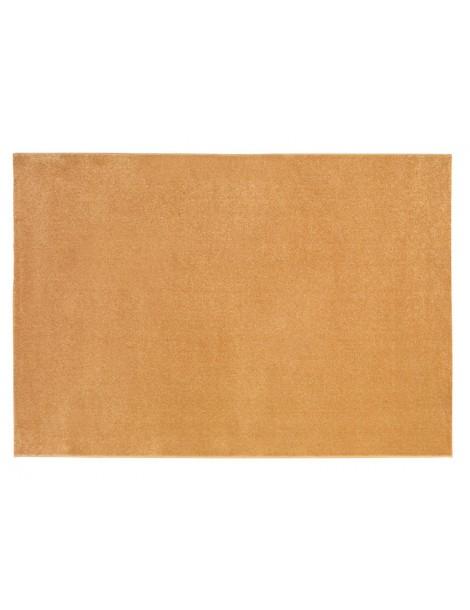 vista dall'alto del tappeto giallo a tinta unita