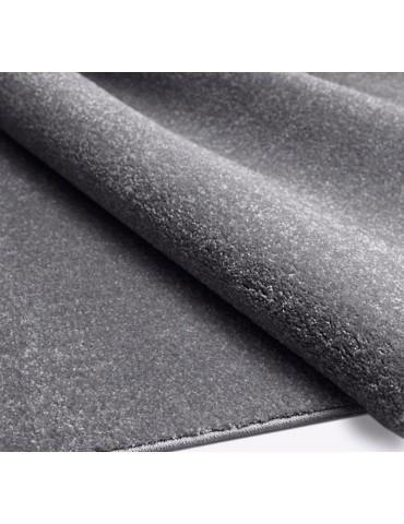 Dettaglio del tappeto antistress a tinta unica