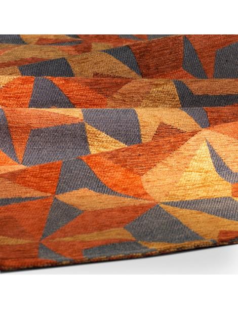 Dettaglio tappeto geometrico tonalità arancio